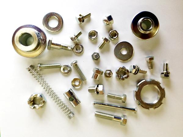 ストロンジンク(亜鉛+鉄合金鍍金)、3価処理(黒)(白)/ 亜鉛鍍金 6価処理(ユニクロ、クロメート、グリーン) 3価処理(白)/ベーキング処理